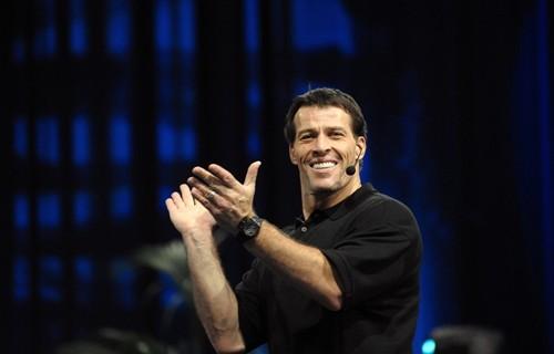 Tony Robbins - 3 quyết định thay đổi tài chính của bạn